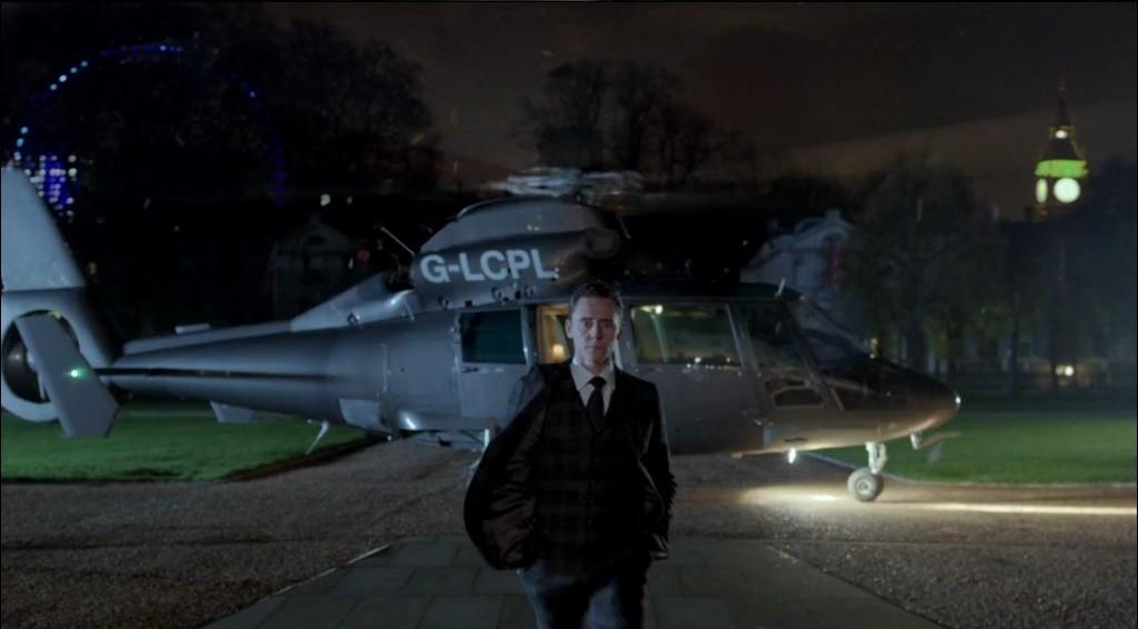 Mark Strong, Tom Hiddleston et Ben Kingsley dans une pub du super bowl de jaguar